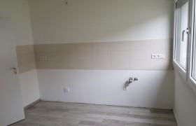 neuer Fliesenspiegel in der Küche