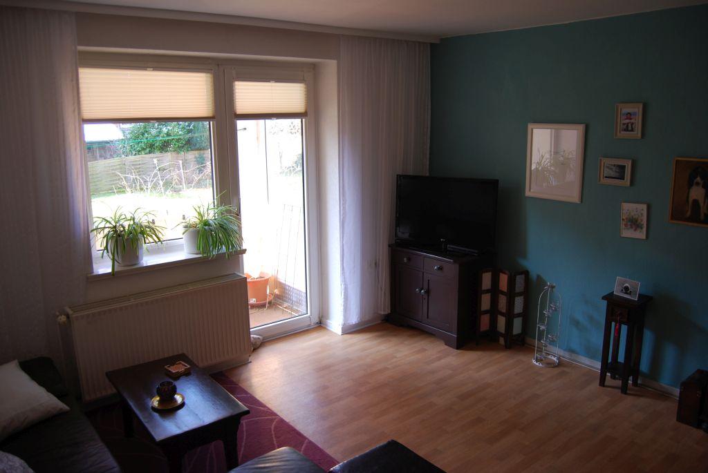 Wohnzimmer Mit Balkonaustritt Löwen Immobilien Hildesheim